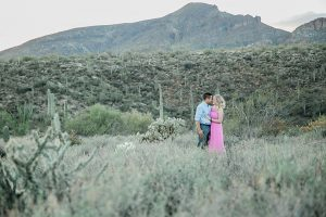 cave-creek-outdoor-engagement-session_0009