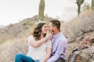 cave-creek-engagement-session_11